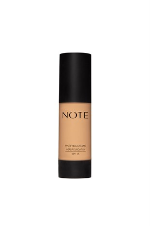 Mattifying Extreme Wear Foundation 03